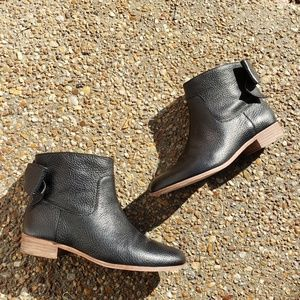 Kate Spade Black size 7 ankle booties